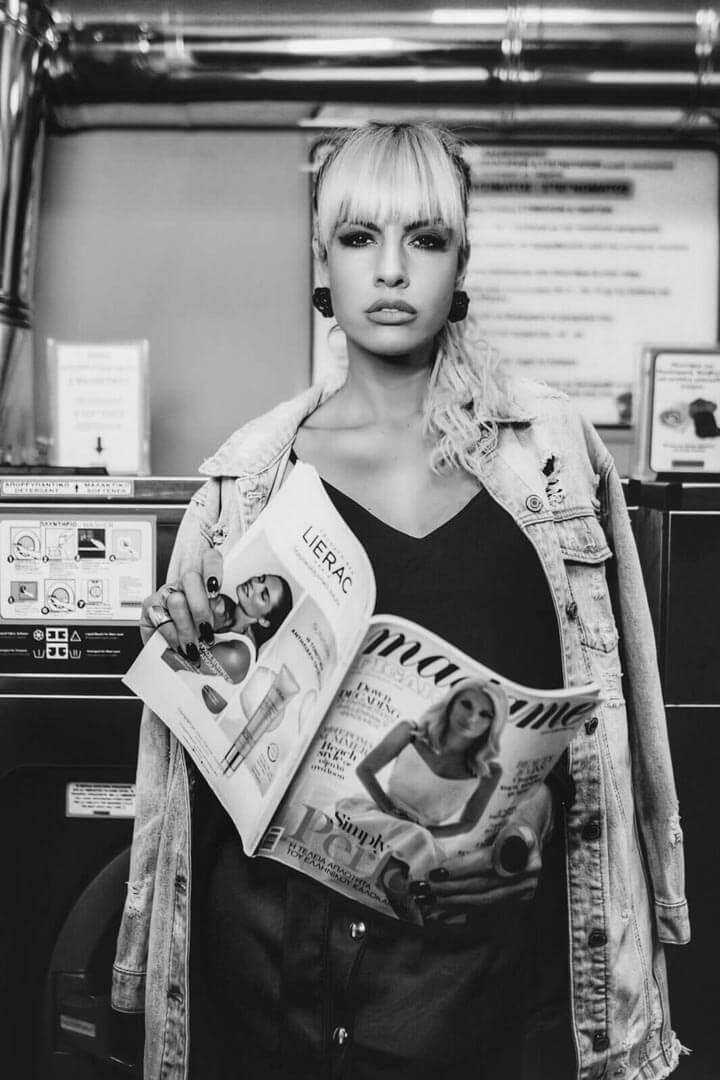 portrait-nickie-athens-magazine-bnw